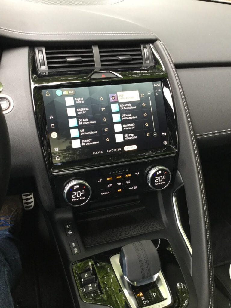 Bedienung des Jaguar Hybrid SUV